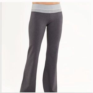 Lululemon Reversible Groove Pant Heathered Gray